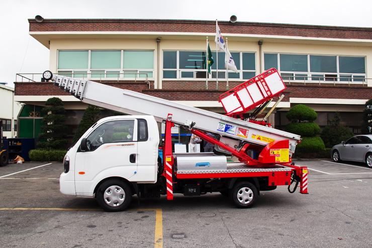 구매하기 Ladder-Lift Truck Horyong PE 285 South Korea