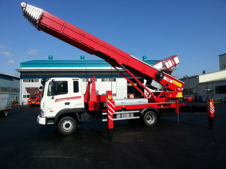 구매하기 Ladder-Lift Truck Horyong PE 640 South Korea