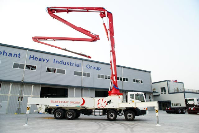 구매하기 Truck mounted concrete boom pump car Elephant 52ZR5