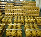 Pedestal roller tracks