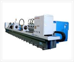 Skiving and roller burnishing machine