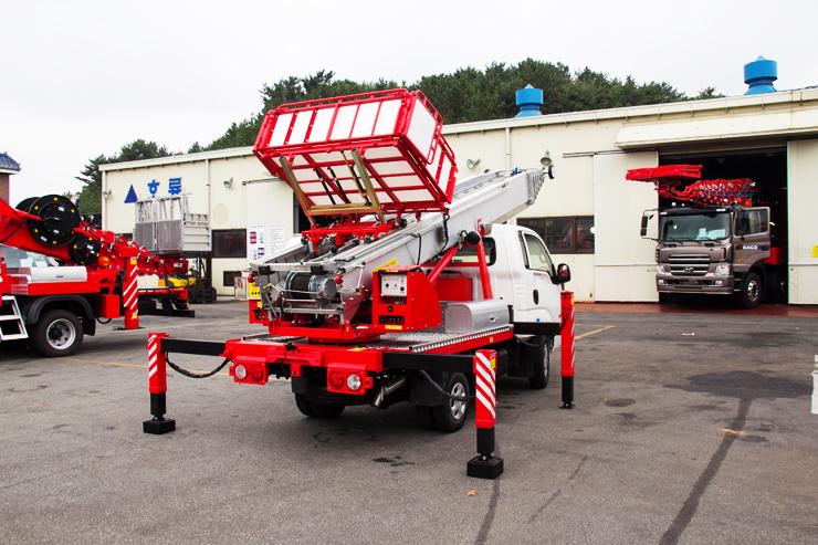 ladder_lift_truck_horyong_pe_285_south_korea