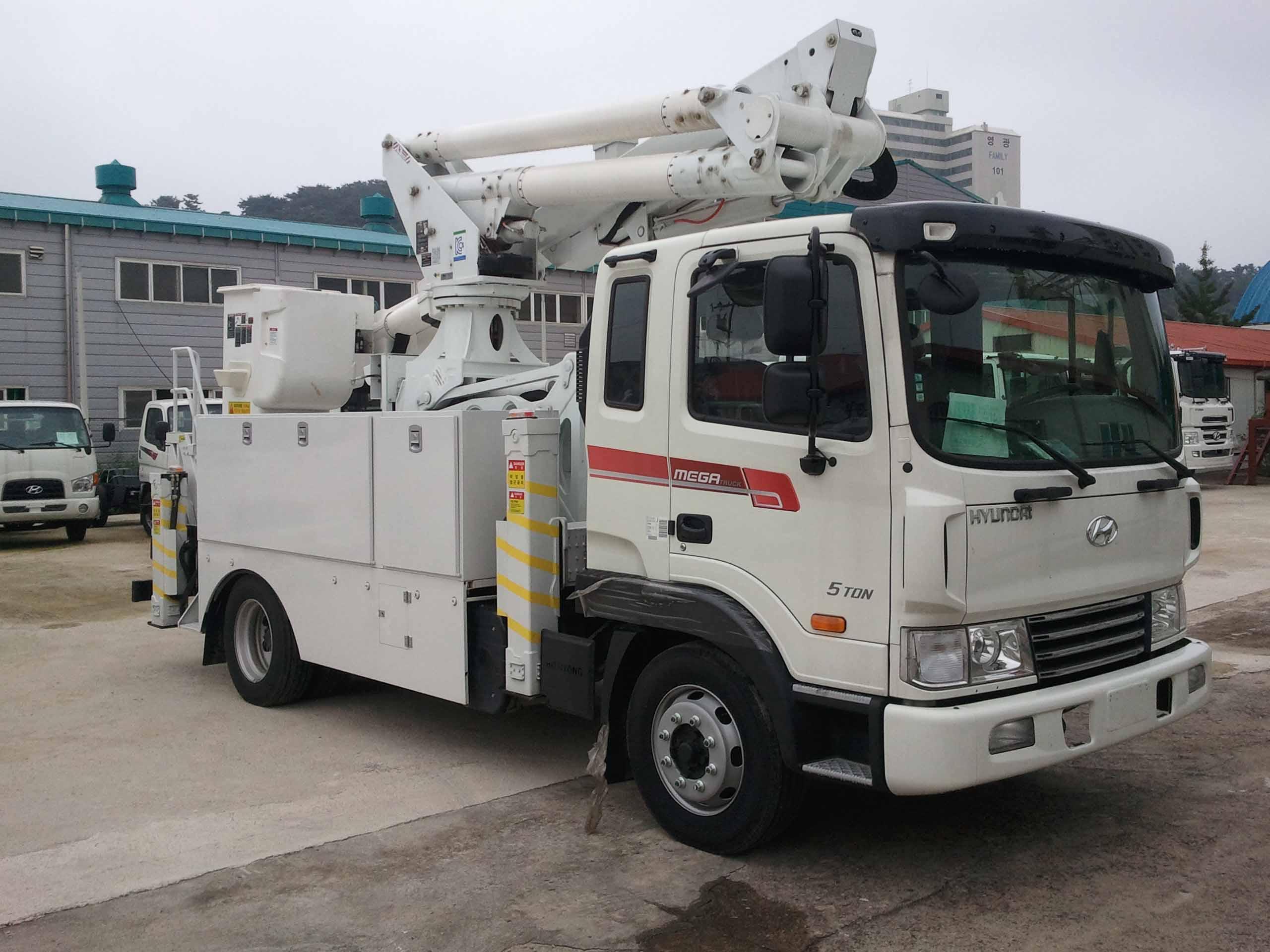 aerial_lift_truck_horyong_sky185cfe3_south_korea