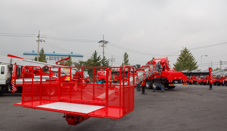 aerial_lift_truck_horyong_sky_750_south_korea